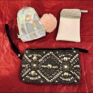🔥2/$38🔥 LOT OF 3 Wristlet Bags: Stila + FREE 🎁